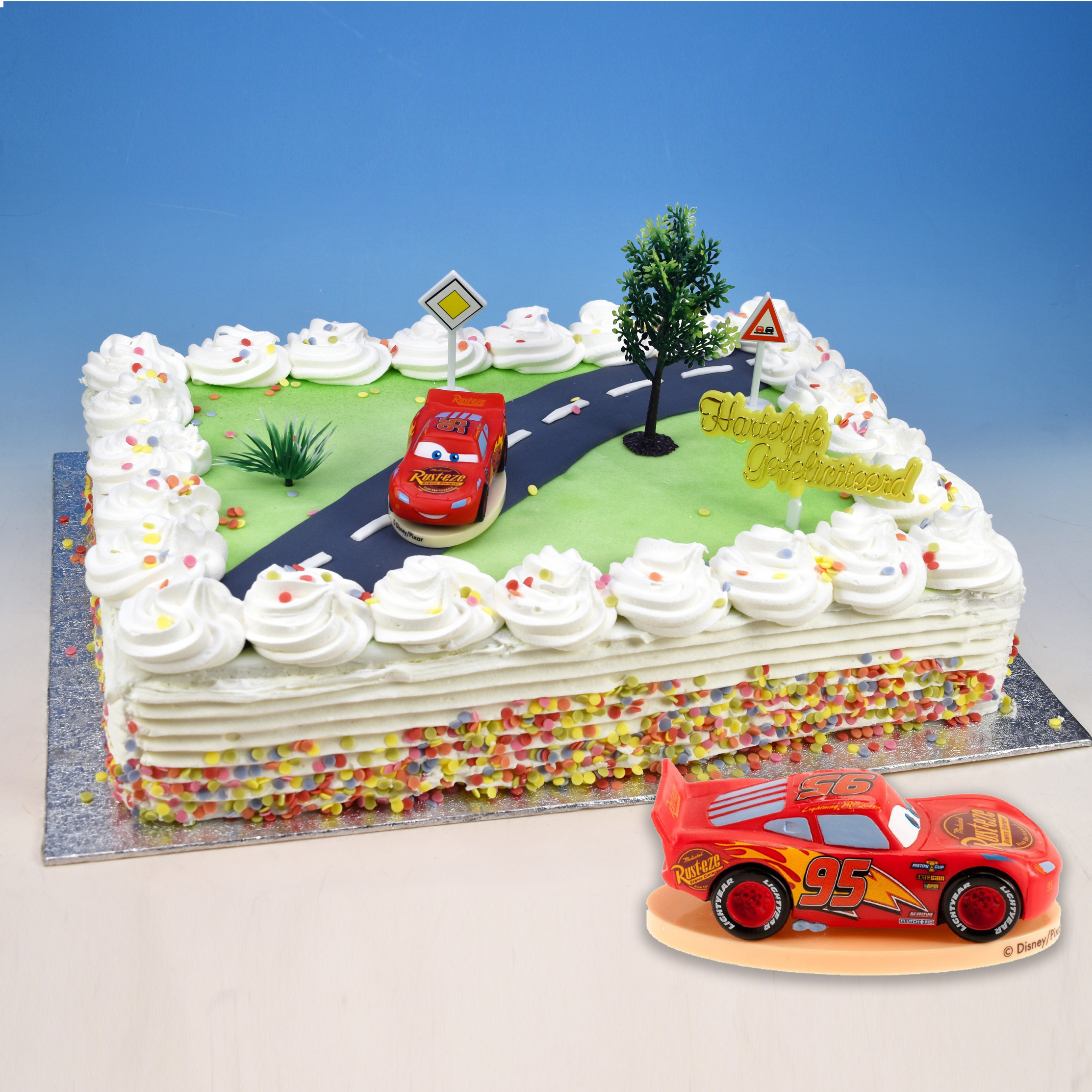 "Toys: Disney Pixar's ""Cars 3"" Lightning McQueen"